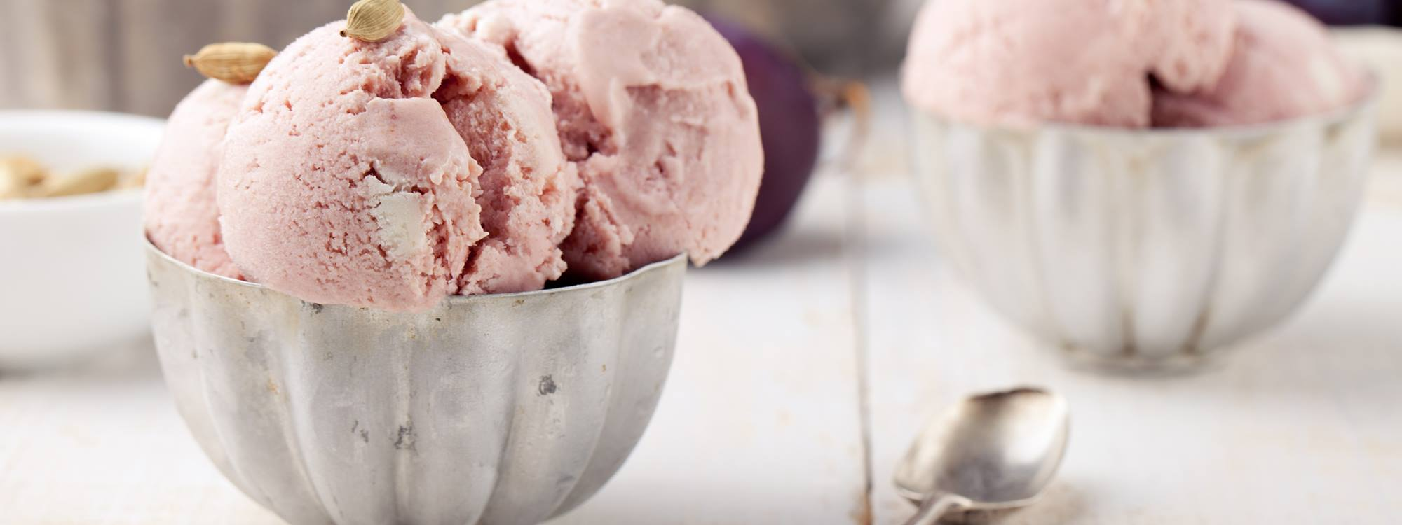 The use of Nutrilac milk proteins in ice cream keep costs under control